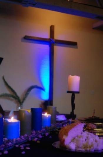 Cross_in_blue